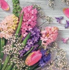 20 servilletas. Flores fondo beig