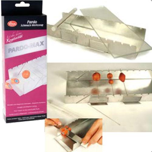Set agujas y bandeja de acero 8,5x23,5x3,5 cm